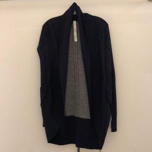 Lululemon navy cardigan, sz 4, NWT, 63123
